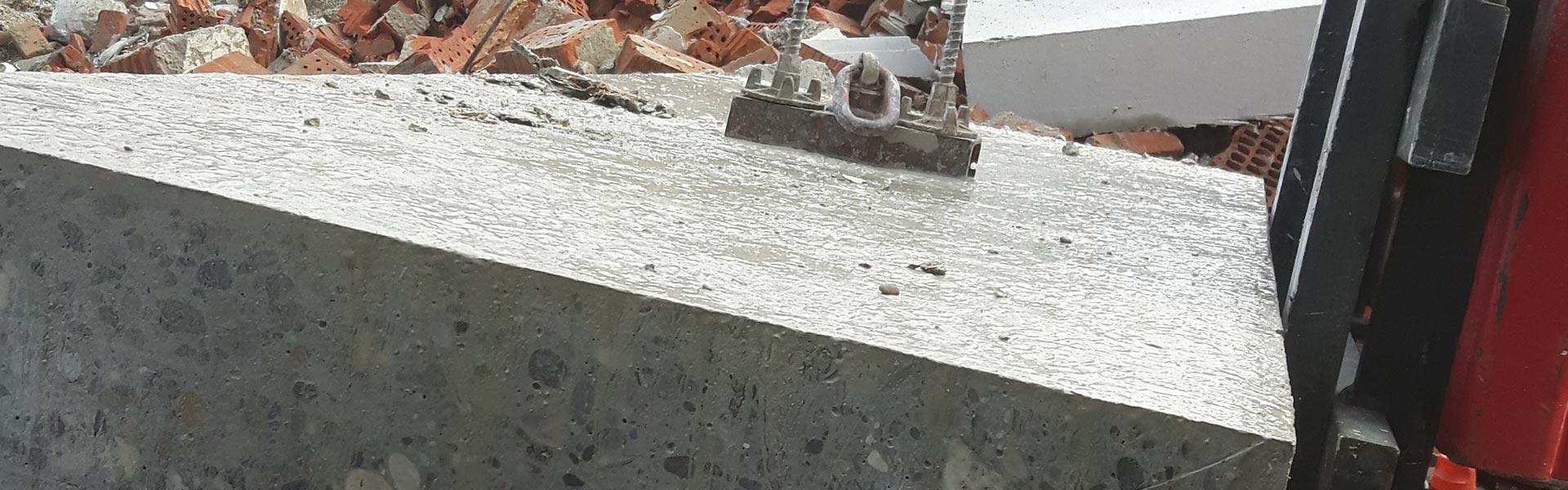 Abbruch und Abtransport von Bauschutt